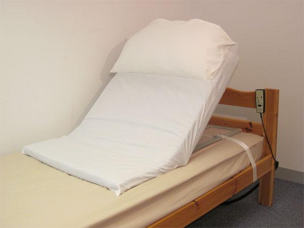Medici Pillow Lifter